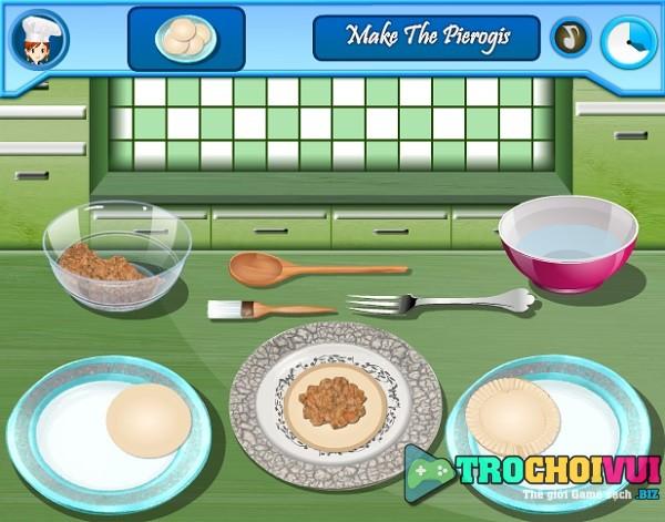 game Nau an Banh goi Ba Lan pierogi