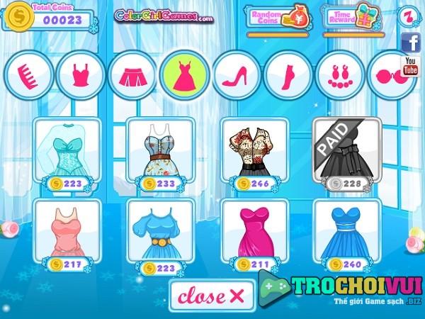game trang diem Elsa va Anna di hoc