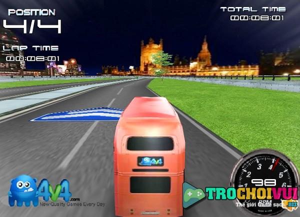 game Dua xe buyt 2 tang cho khach 24h y8