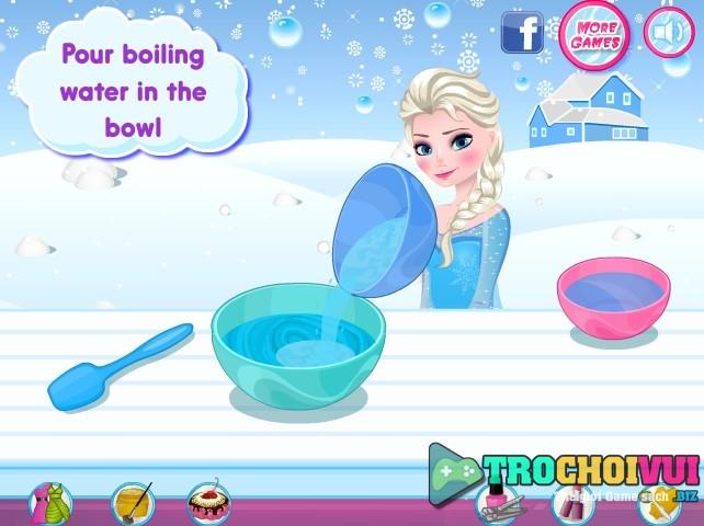 game Elsa lam kem mua dong 24h y8