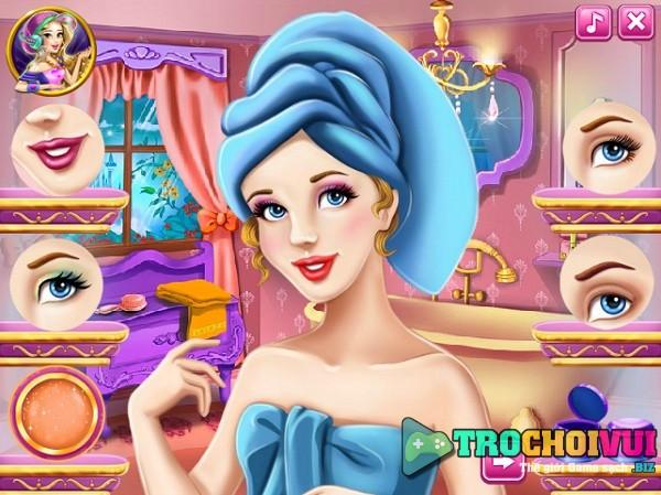 game Trang diem cong chua lo lem di le hoi du tiec
