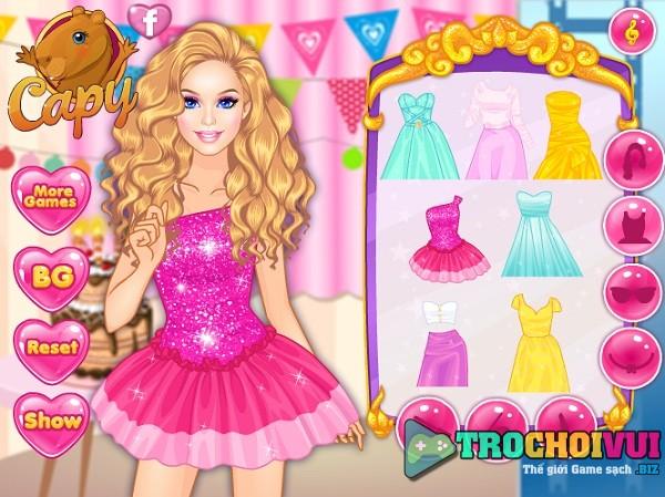 game Trang diem Barbie du tiec hinh anh 2